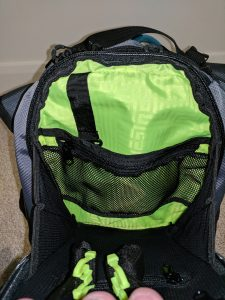 Ogio Dakar 3l Hydration Pack Front Storage Pocket Front