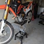 Dirt bike lift stand