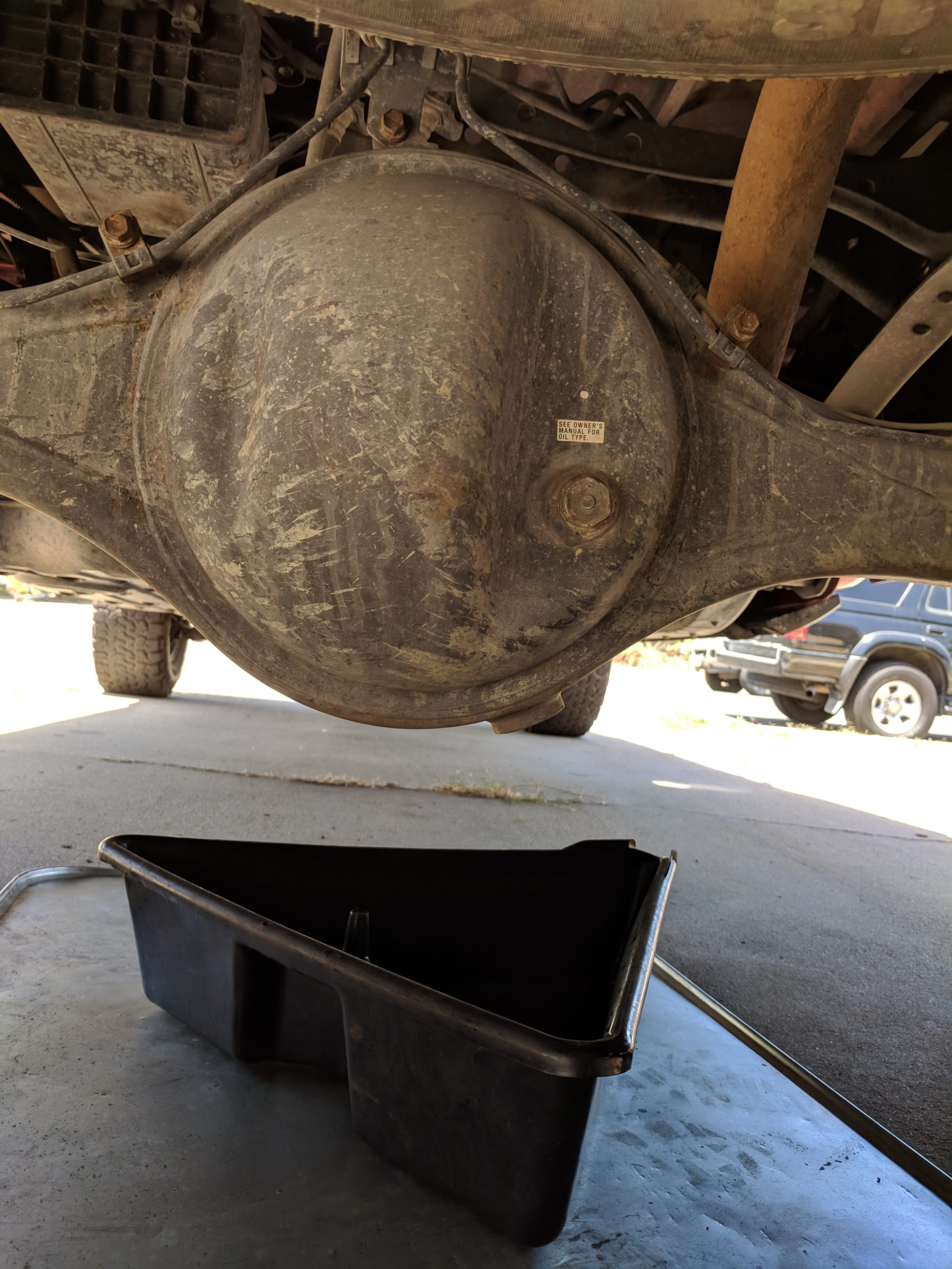 Differential fluid change - 2008 Toyota Tundra rear end