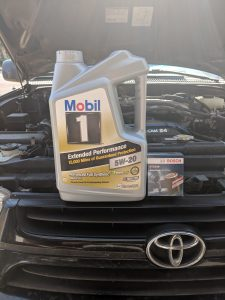 Toyota 4Runner Oil Change Mobil 1 Bosch ST3330 Oil FIlter